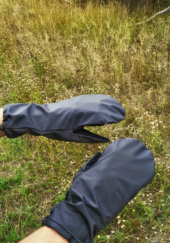 eVent ultralight rain gloves